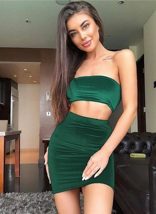 ESNEK KADİFE KUMAŞ DOLGUSUZ BÜSTİYER VE ETEK TAKIM YEŞİL KADİFE ETEK VE BÜSTİYER TAKIM SEKSİ KADİFE TAKIM GREEN VELVET SKIRT AND TOP SET DNM-551-yeşilkadife